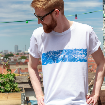 T-shirt-Unisex-Panorama-Berlin-WHITE-Print-Blue--Jannick-1-BD