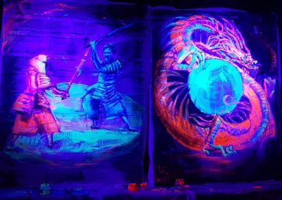 Live paintings 3 & 4 with black light - Dragon & Samourais